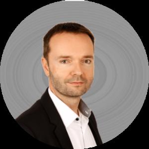 David Halaska UCL CZ v kruzku 300x300 - On-Demand Webinár: Cash Flow – priorita číslo jeden pre všetky organizácie.
