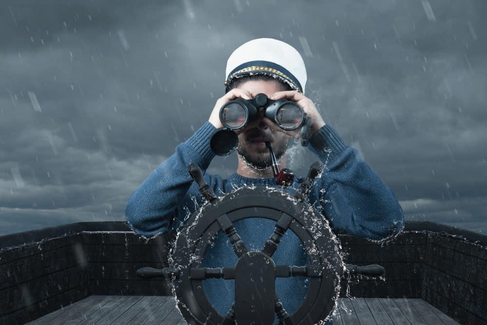 Gazing binoculars rough see e1610475512981 - EMARK 2021: Pripravujeme veľké veci, tu je malá ochutnávka